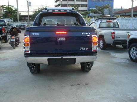 new Toyota Hilux Vigo Double Cab with Superlid at Thailand's top and Singapore's best Toyota Hilux Vigo dealer Jim Autos Thailand